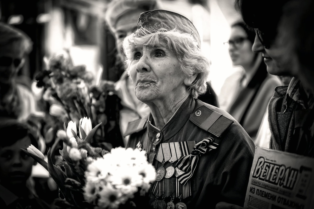Поздравление марта, картинки на 9 мая день победы фото черно белые