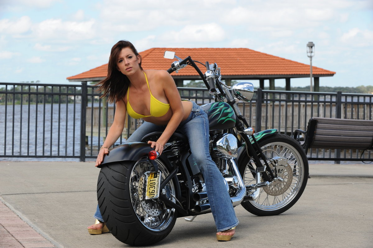 Motorcycle chicks pictures, real swingers sex movies