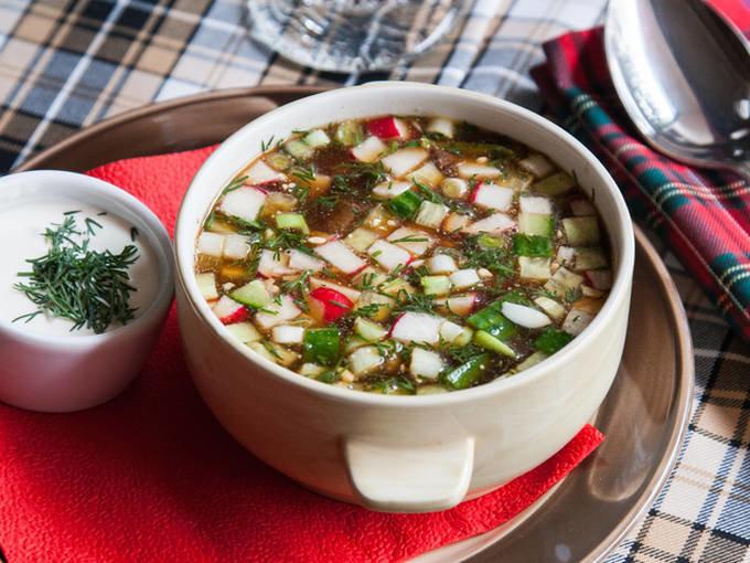 Окрошка рецепты с фото пошагово: на квасе, томатная 10