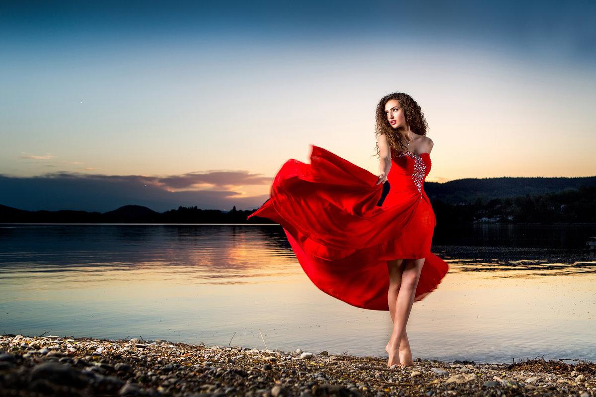мог часами видео девушка в красном платье мигом ну, оставим