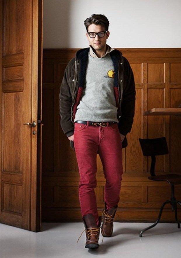 Парень в красных джинсах фото 459-499