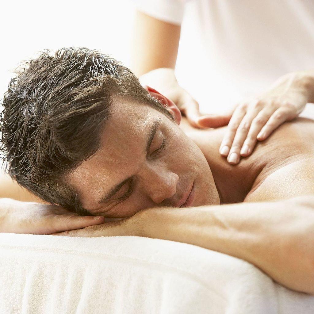 массаж в постели попросил его