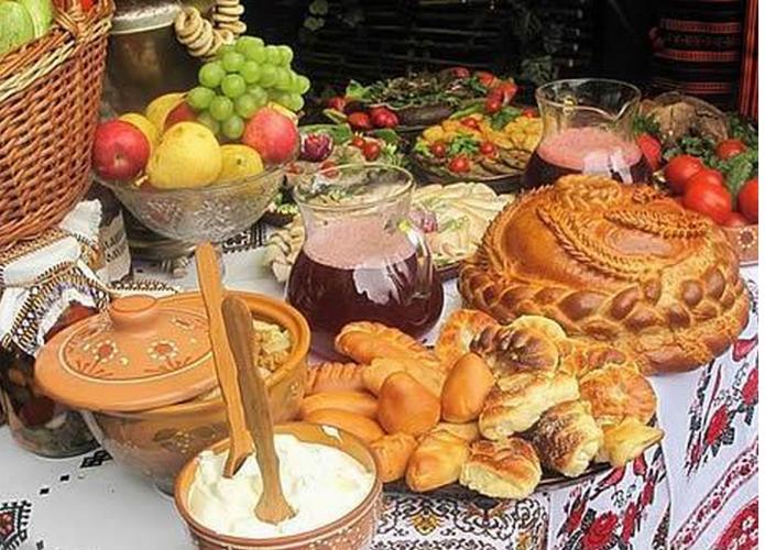 Чем богаче праздничный стол — тем прибыльнее будет год