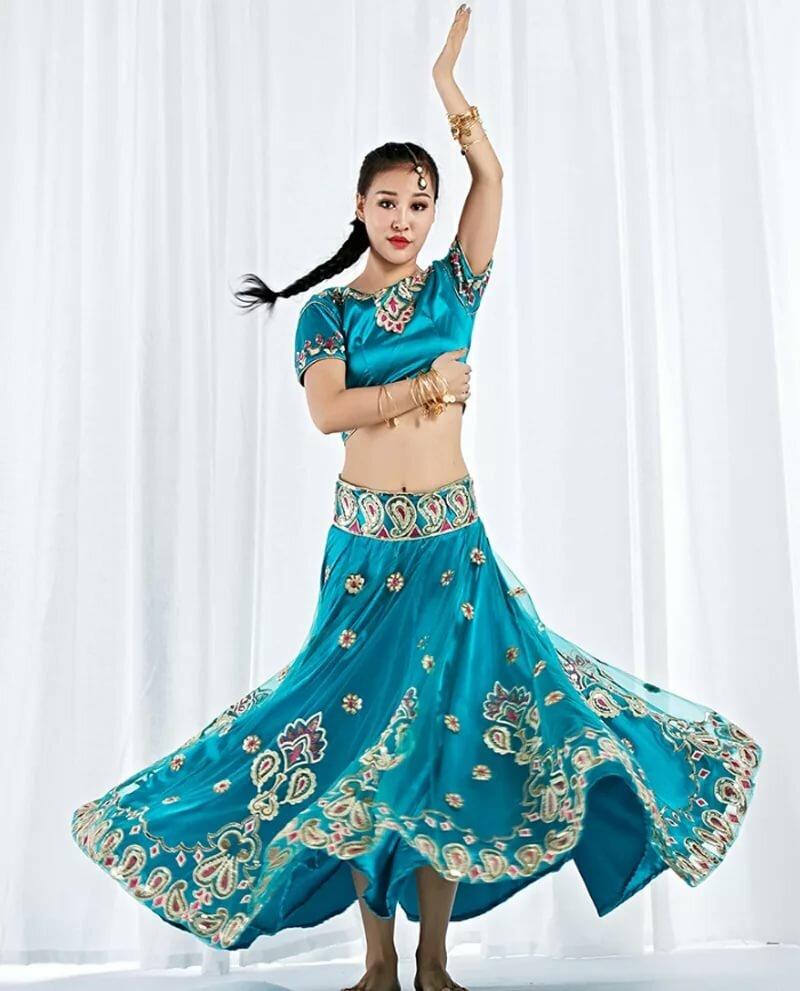 Фото индийских костюмов для танцев могла сыграть