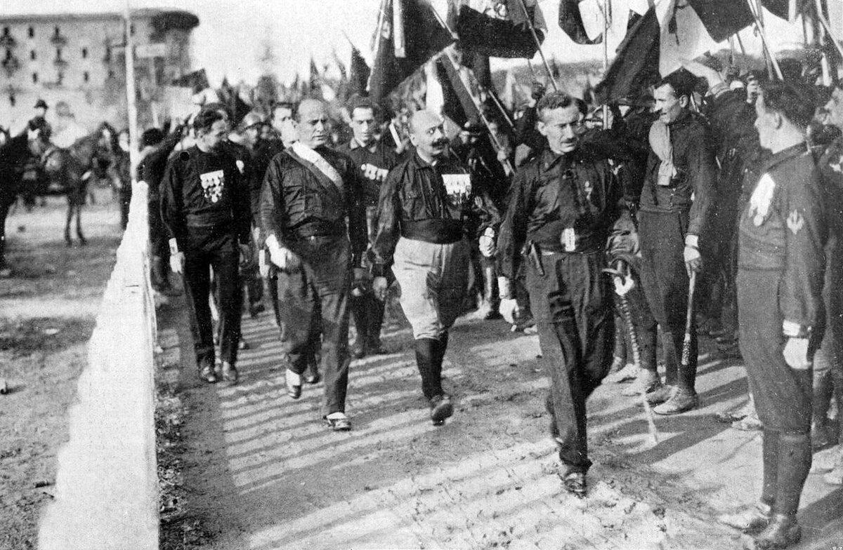28 октября 1922 года итальянские фашисты начали марш на Рим