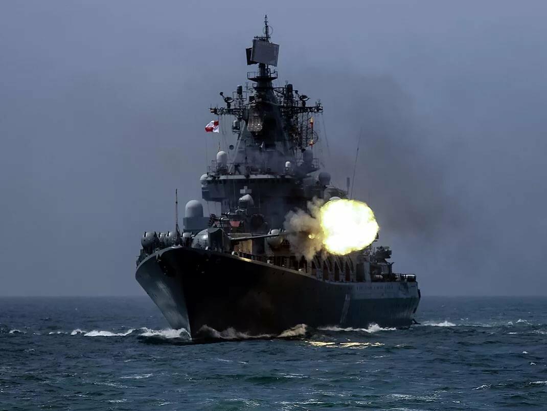 фото морских боевых кораблей день
