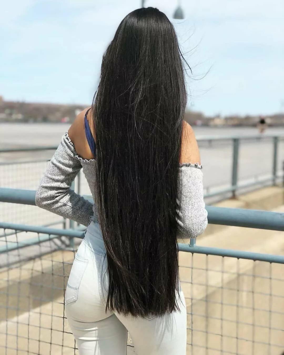 Картинки брюнетки с черными длинными волосами