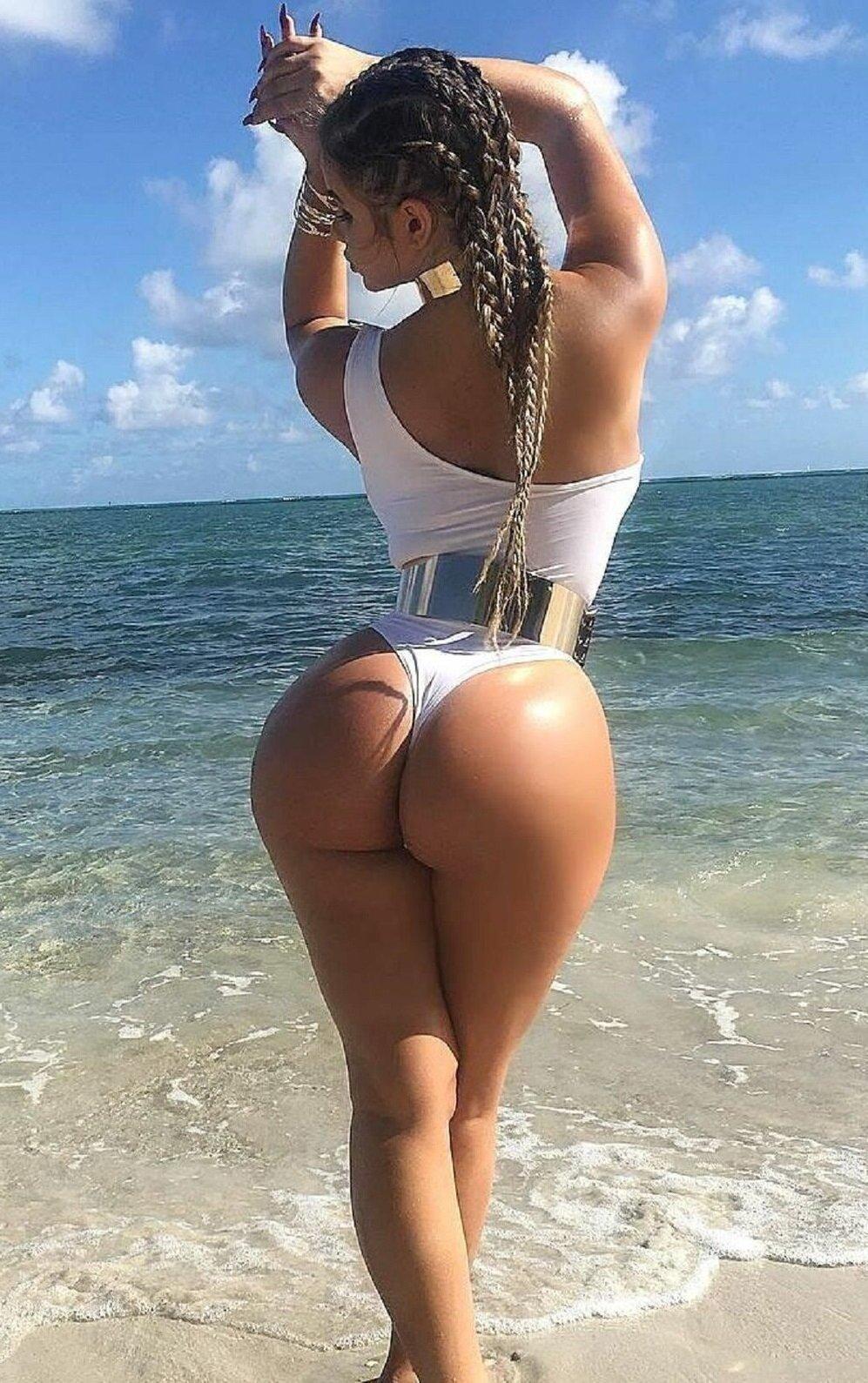 samaya-privlekatelnaya-popa-v-mire-smotret-eroticheskoe-video-s-russkimi-zrelimi-zhenshinami