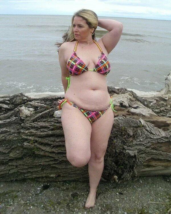 tumbler amateur mature women