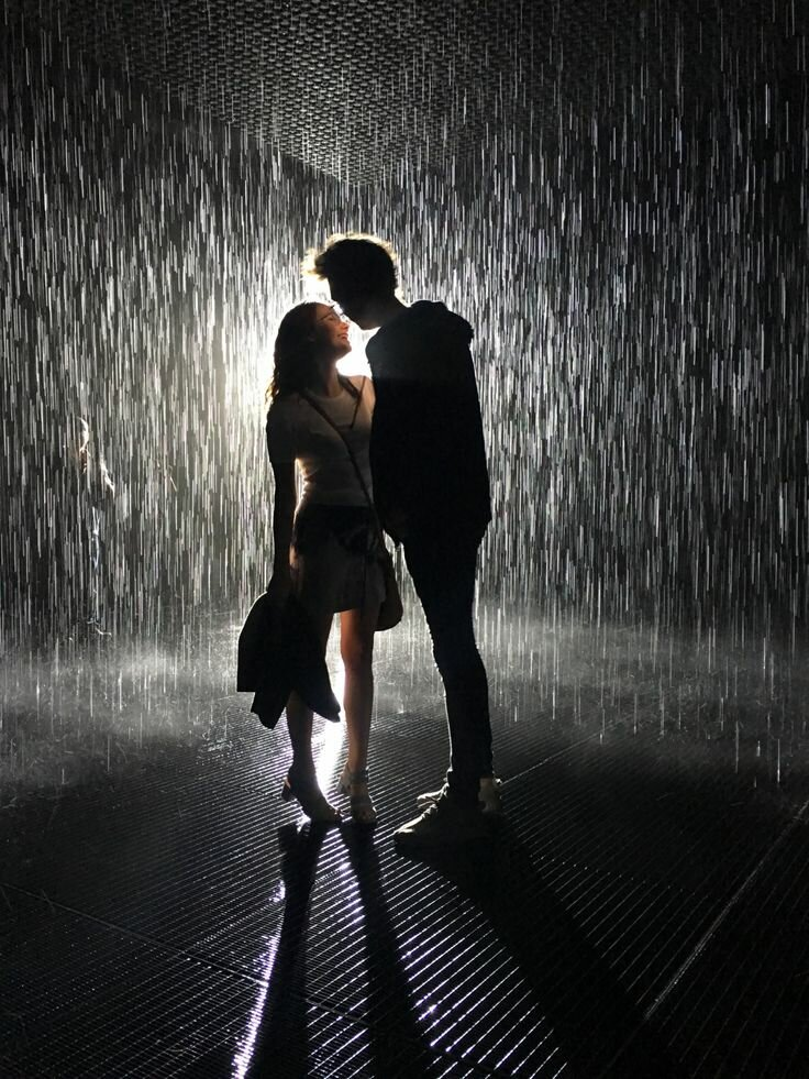 про картинка про поцелуй под дождем явления практичность