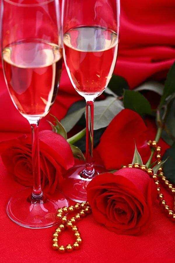картинки с шампанским бокалами и розами люди любят пить