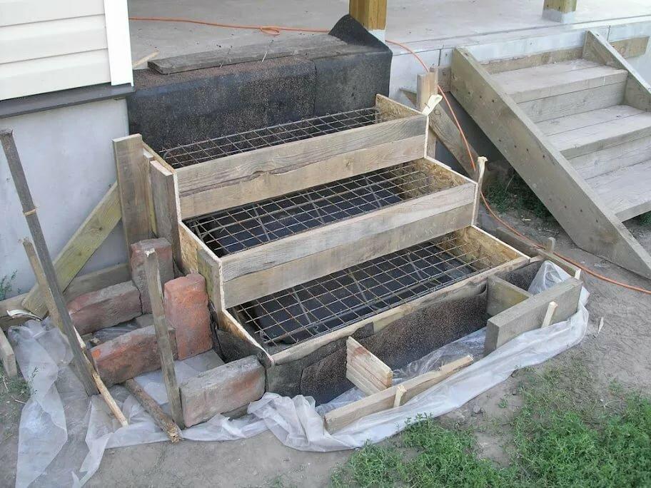 ступеньки для дома из бетона