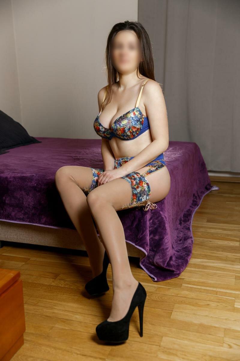 Проститутки выезд на час докукина москва, как возбудить женщину лаская пизду
