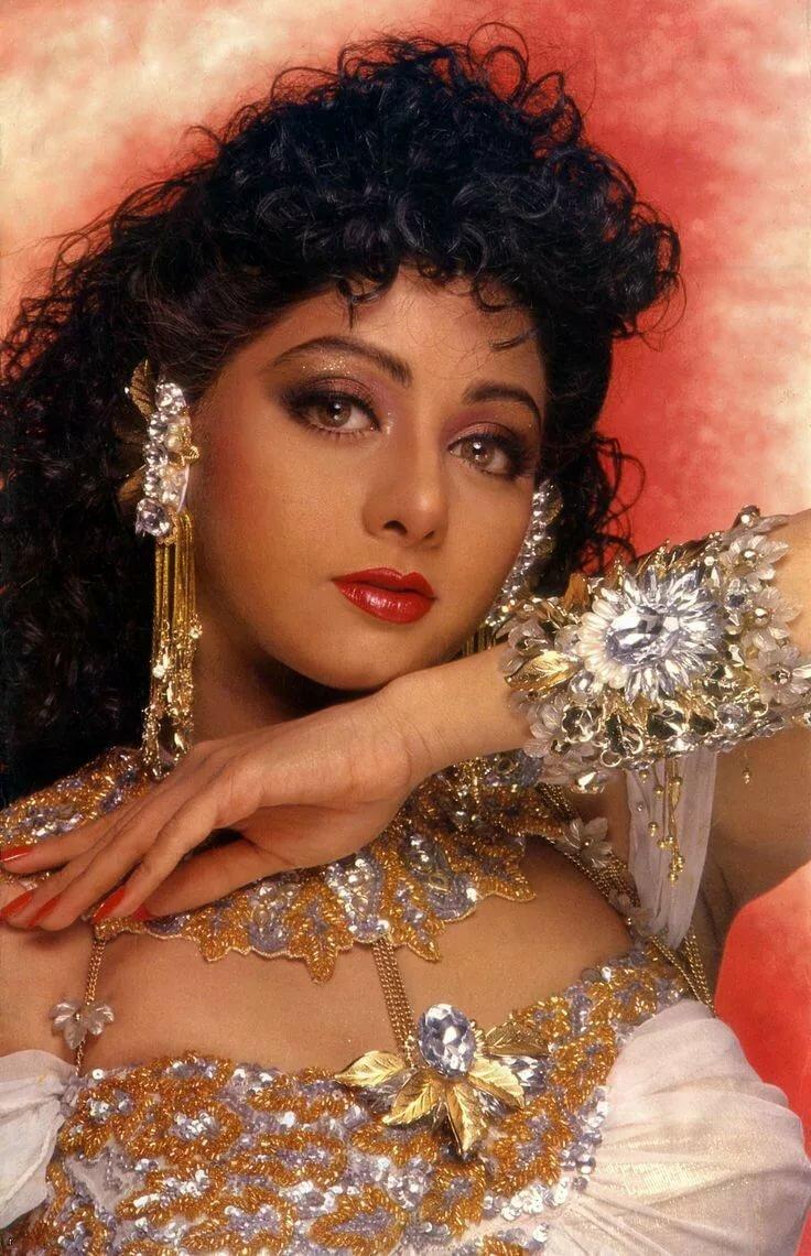 светло индийские актеры и актрисы картинки имя может задумывались