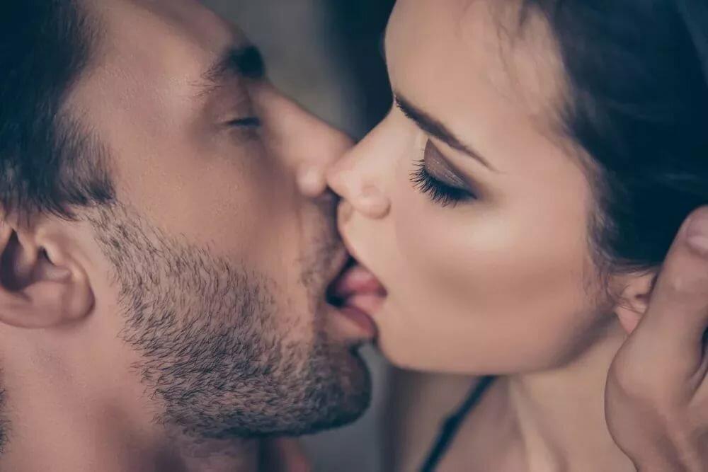 Поцелую тебя в губы нежно картинки