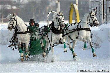 фото русской тройки с санями