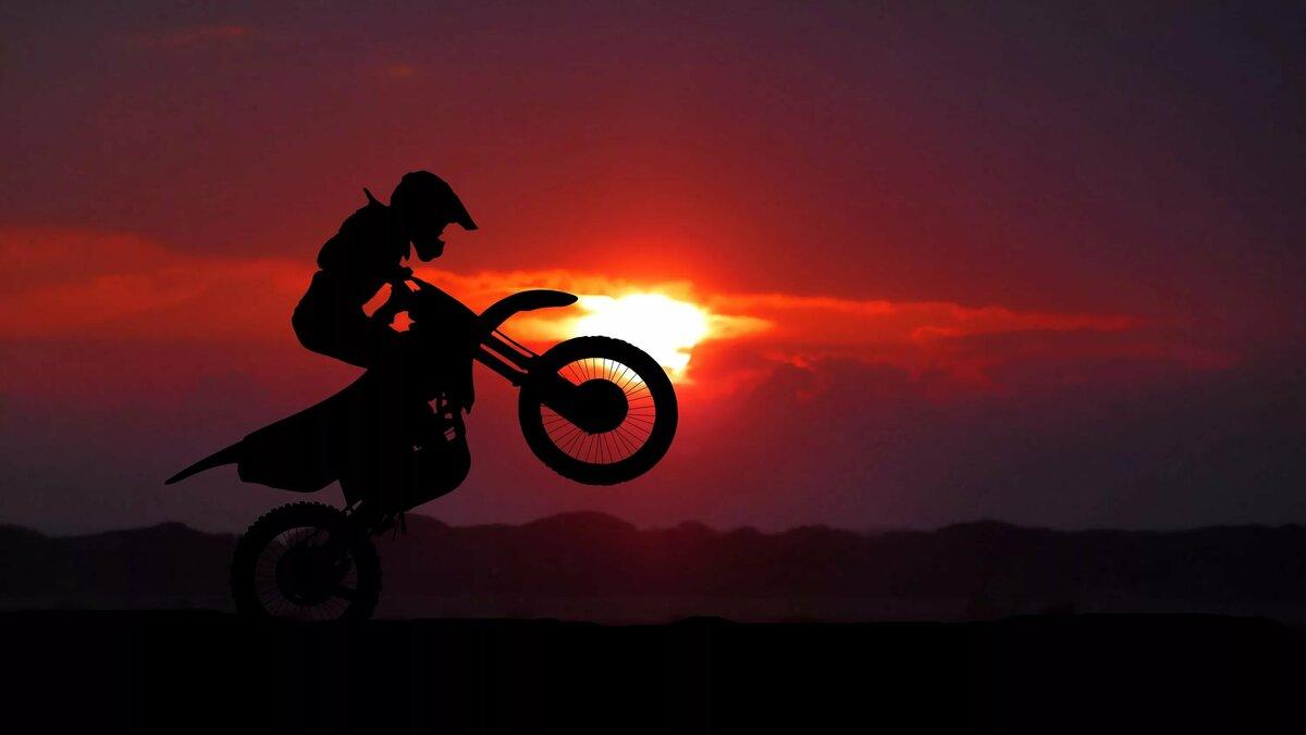 картинки мотоциклистов и закат статуэтка