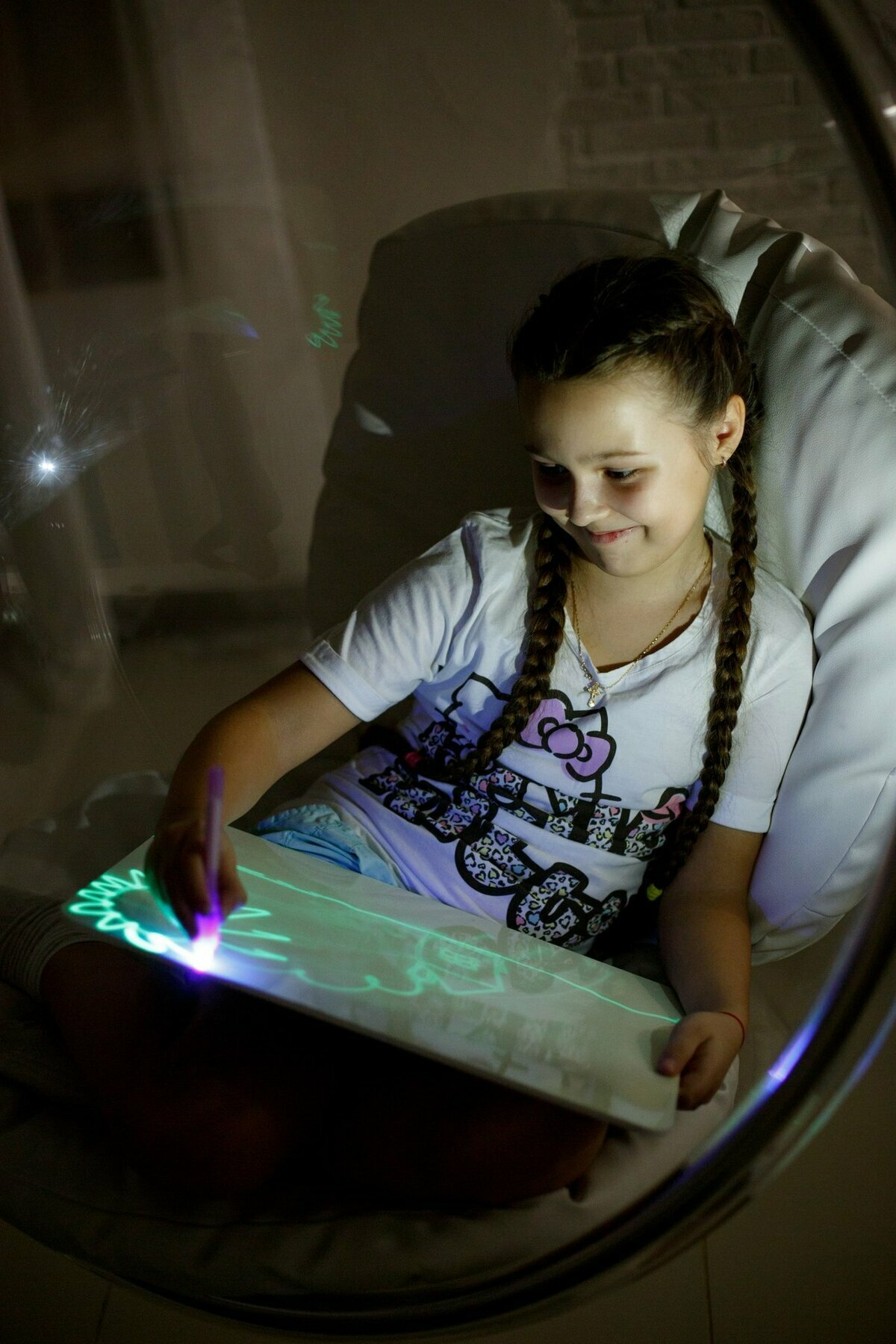 Детский набор для рисования в темноте - Рисуй светом в Каражале