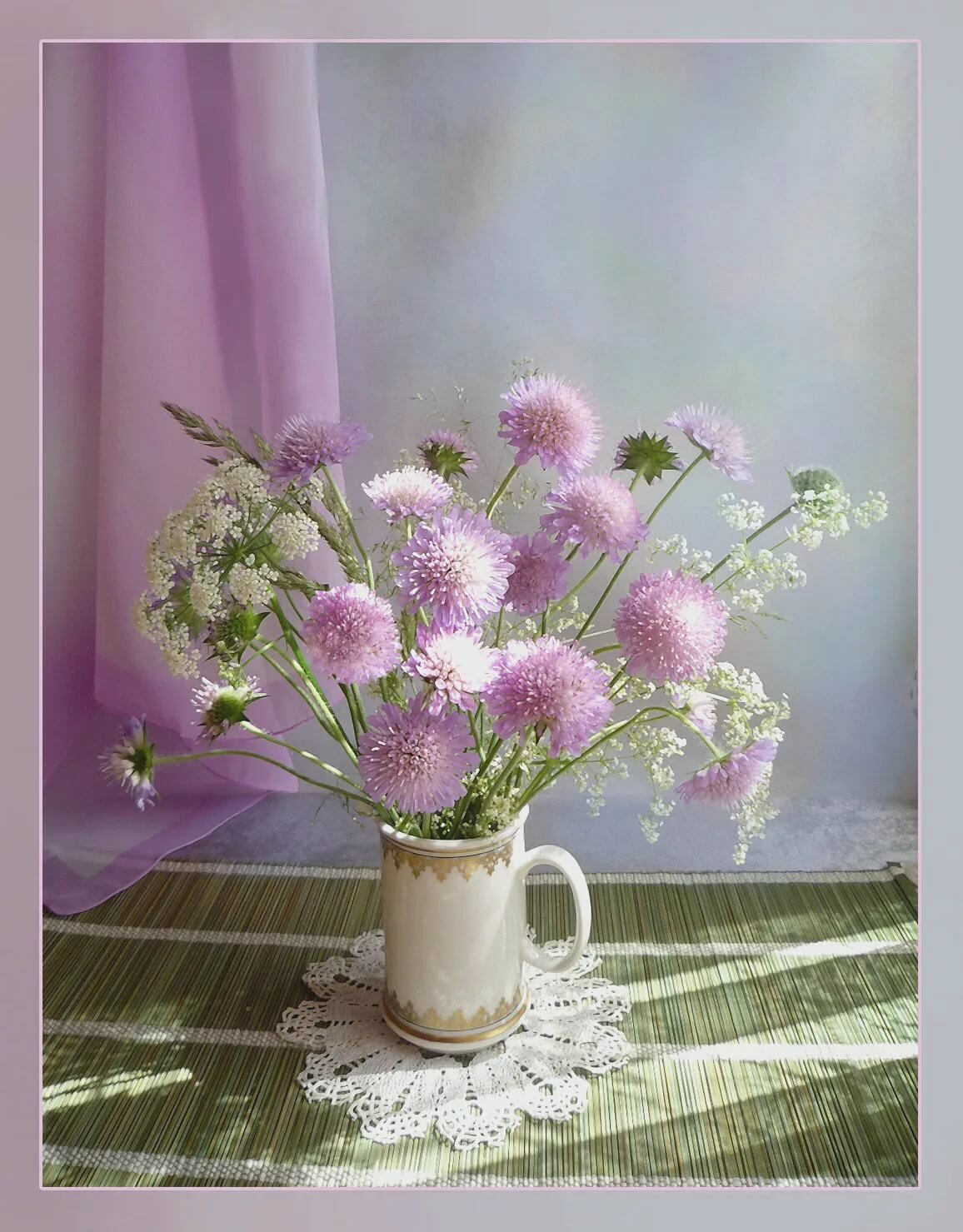 Нежные цветы картинки натюрморты