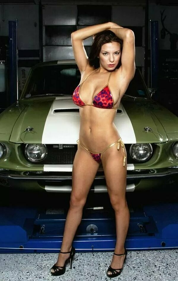 Sexy car wash with ford mustang and bikini girls