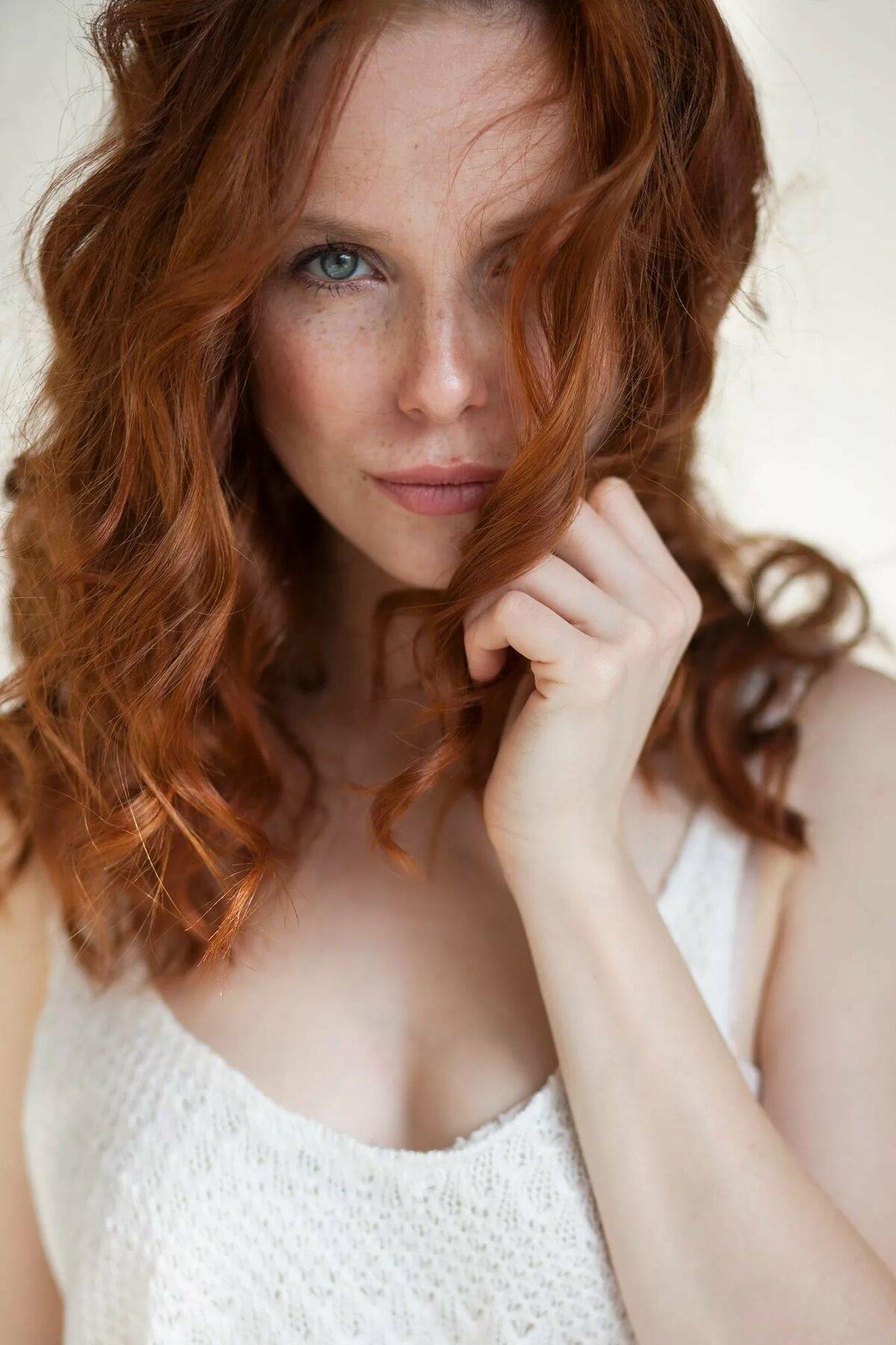 Naked cumshot redhead nude home photos arora khan nude