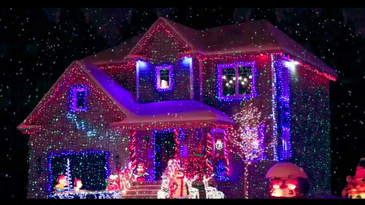 Лазерный проектор для Рождества в Печорах