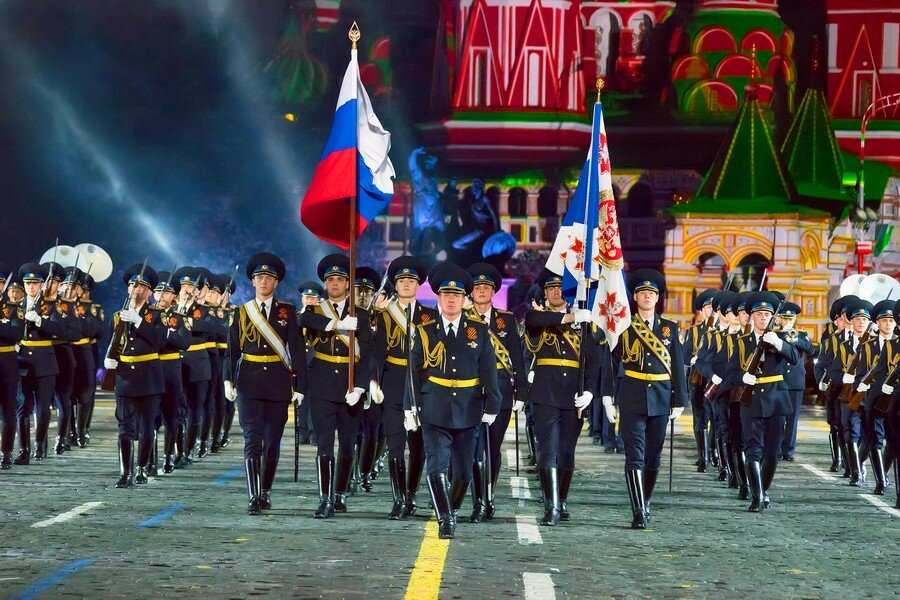 Открытки с днем кремлевского полка