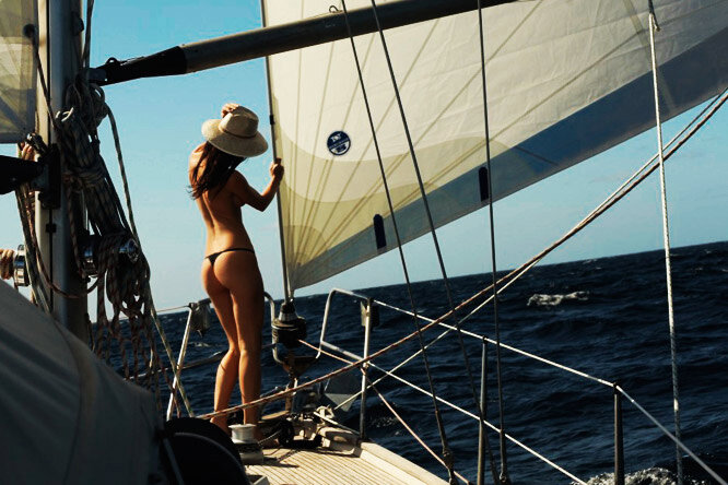 Topless sailing — pic 8