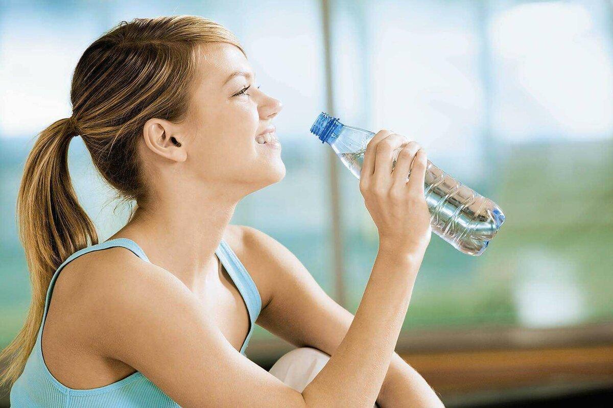 Пить Много Воду Похудеть. Вода при похудении и диете: рецепты напитков