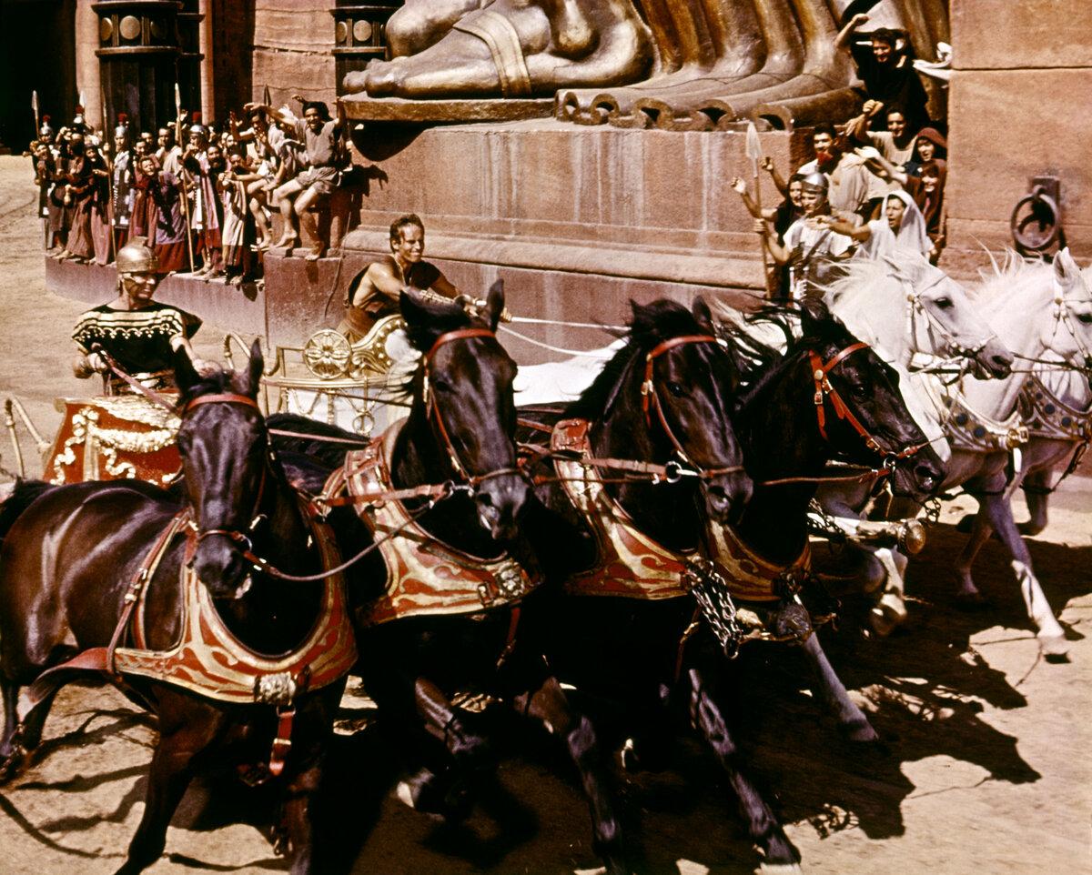 Картинки гонок на колеснице
