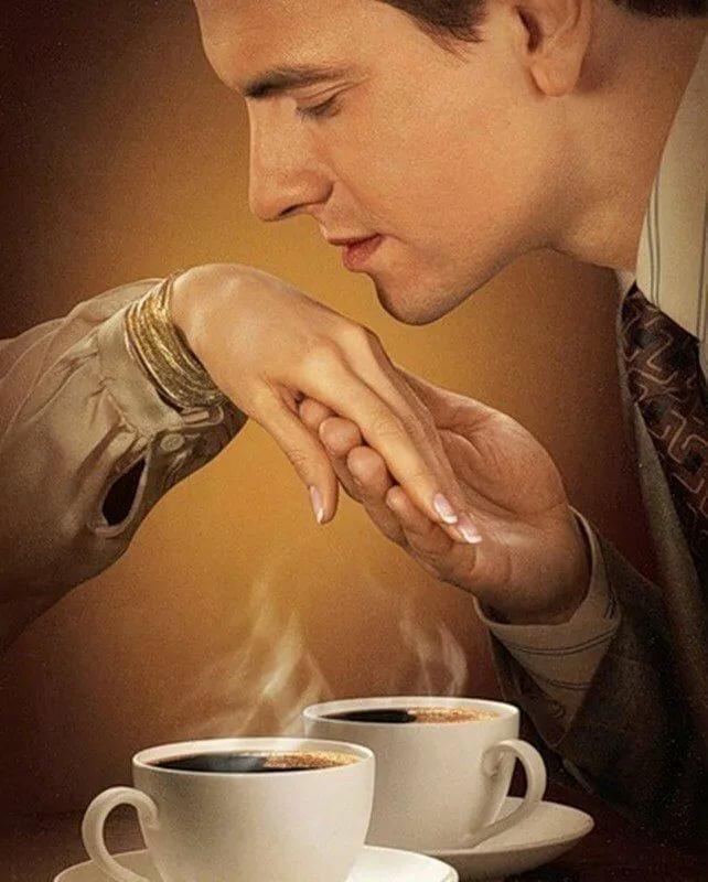 Картинки пьют кофе двое