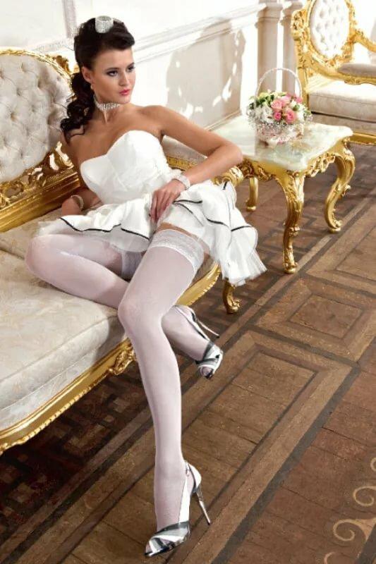 связанная чулками невеста фото - 3