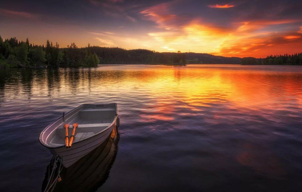 Картинка лодка река