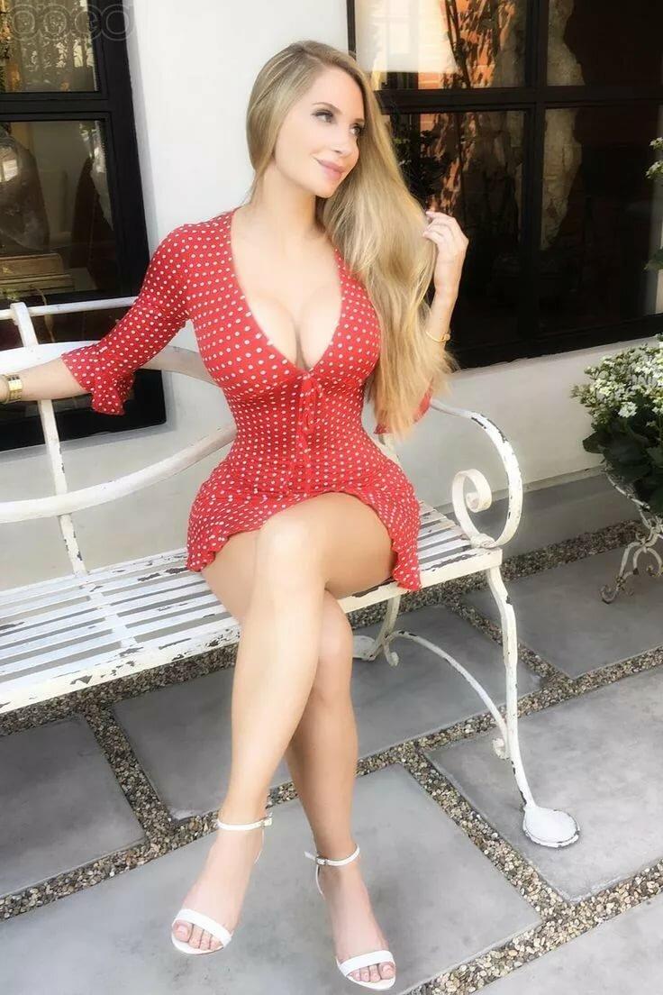 Amanda Elise Lee Tits