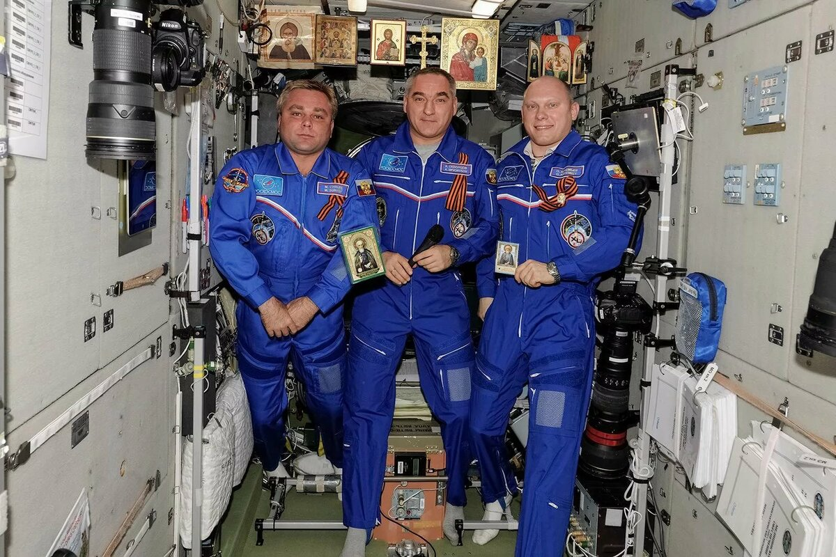 фотографии российского космонавта с мкс новички