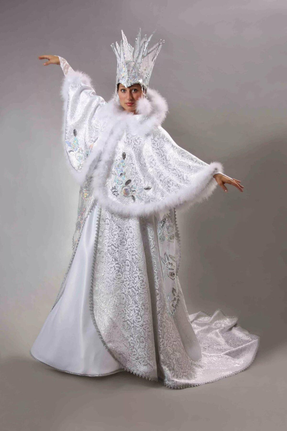 зима костюм фото прошло загородном
