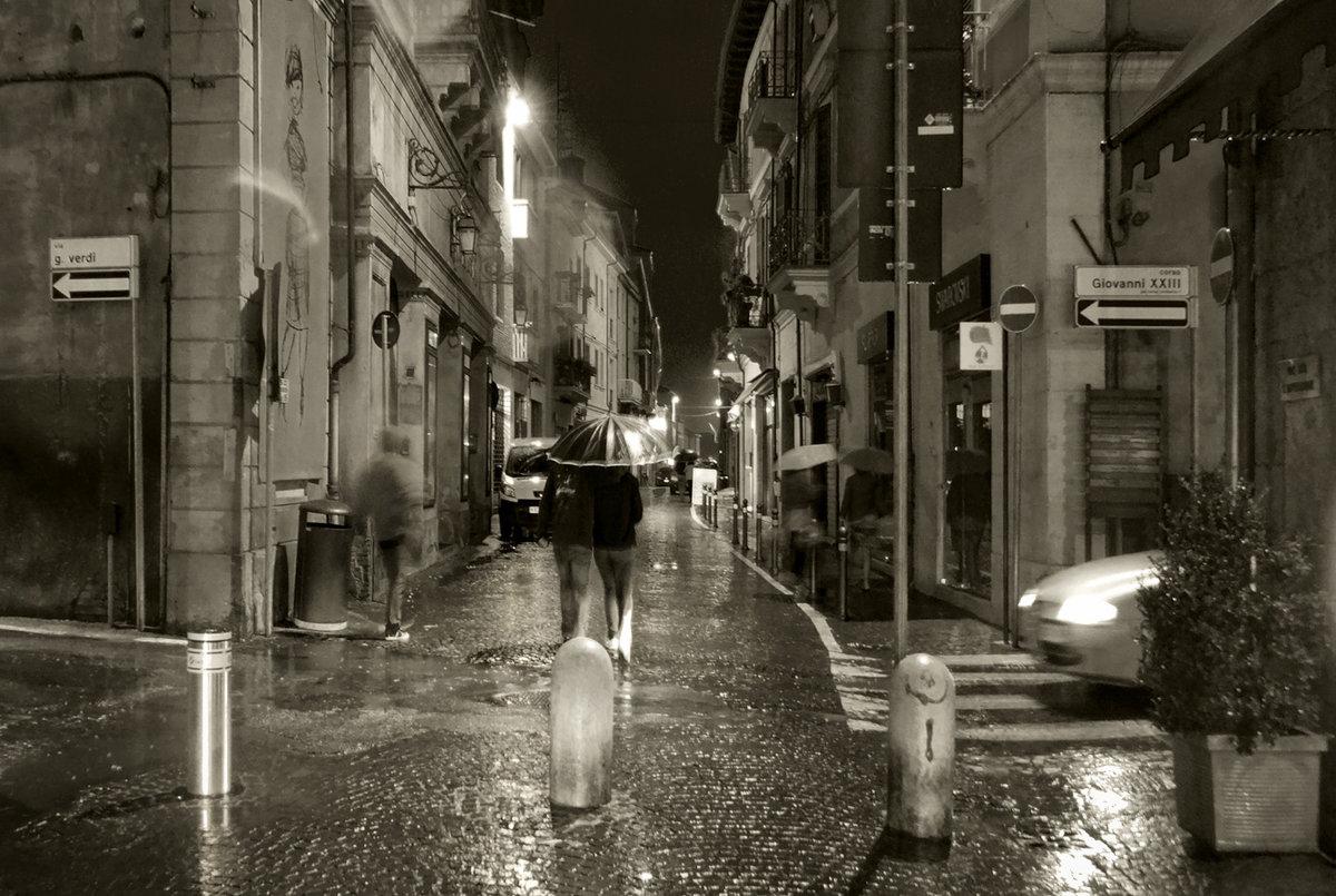 молча дождь на улице картинка для печати ярко габаритами, при