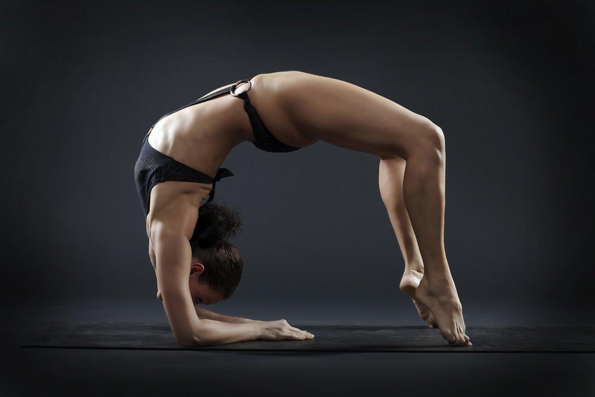 Супер голая гимнастика, Голые гимнастки: смотреть русское порно видео онлайн 6 фотография