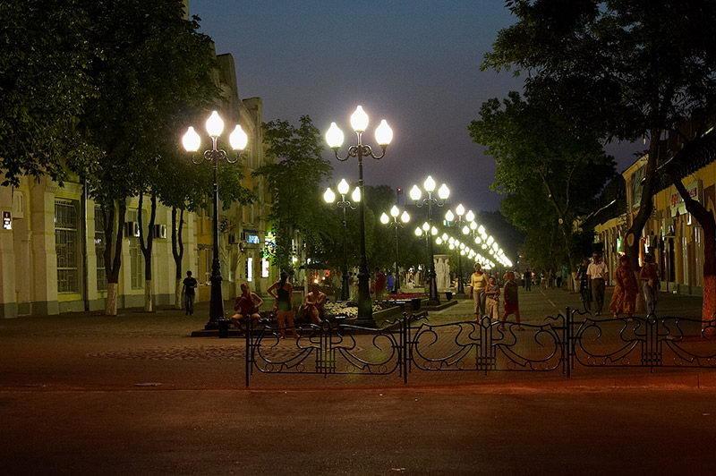 компании фото улиц ночного ейска минигольф-клуб аксаковский