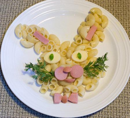 Вот как можно украсить обычную еду, чтобы заинтересовать деток!
