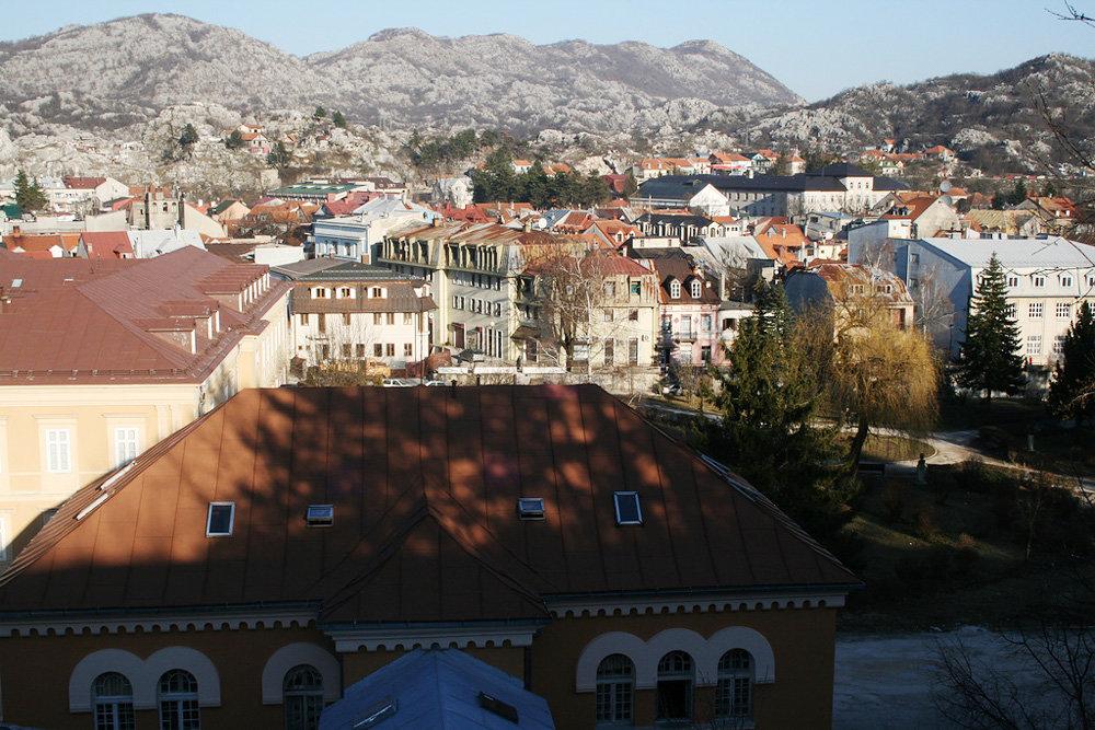 разлагается цетинье черногория достопримечательности с фото комната