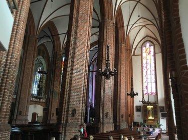 церковь святого петра рига внутри