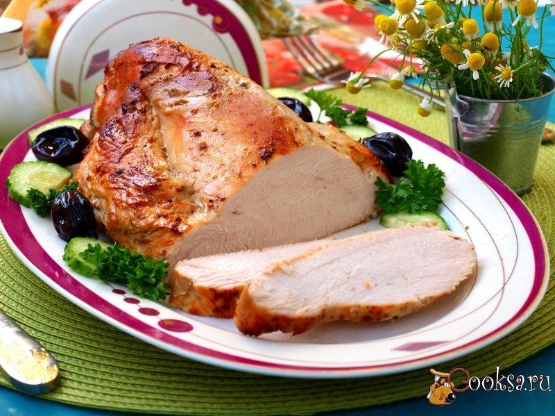 Во многих случаях мясо готовится быстрее, нежели указано в рецепте, лучше достать блюдо немного раньше и упаковать в фольгу на 15 минут, чтобы оно «дошло».