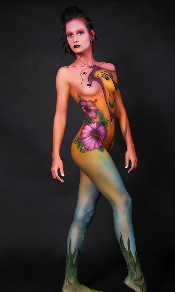 topless-girl-body-art
