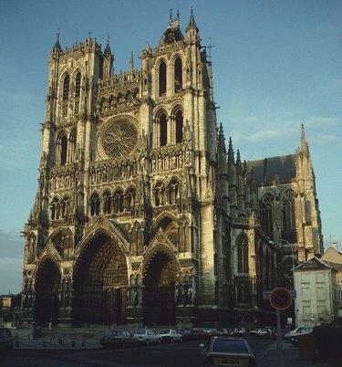 готический стиль в архитектуре западной европы франция