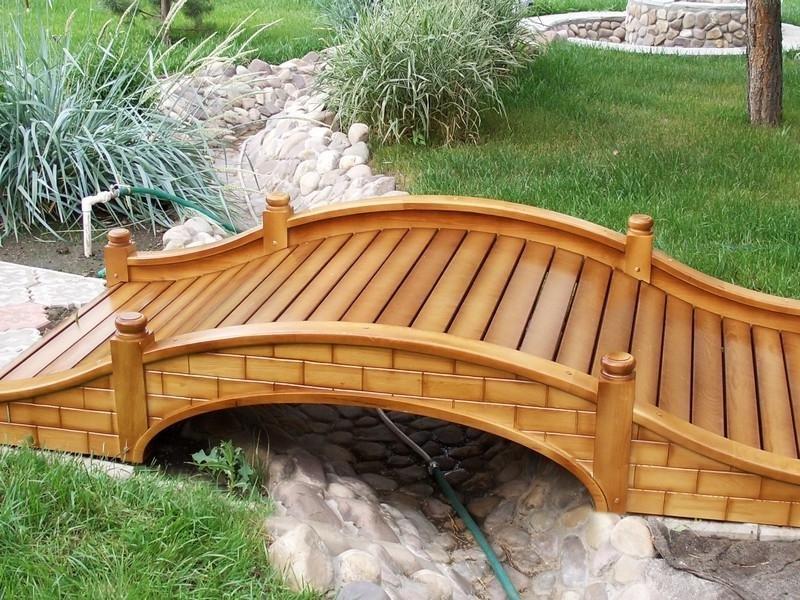 Фото деревянных кронштейнов для кашпо прекрасно подходит