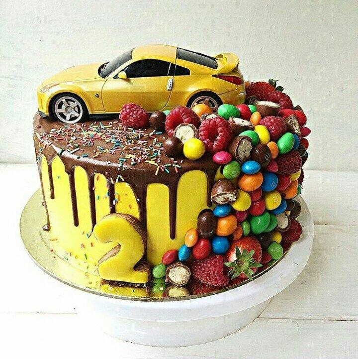 Фото с днем рождения с машинкой