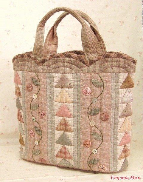 Пэчворк сумка в пастельных тонах.