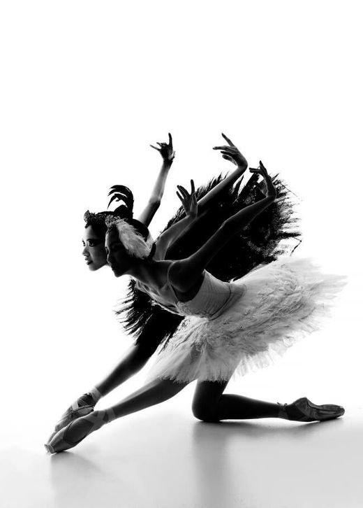 Картинки черно белый танец