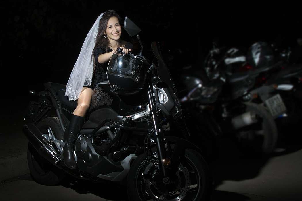Фотосессия на мотоцикле москва нас живут